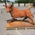 Bull in cast iron Rusty red finish